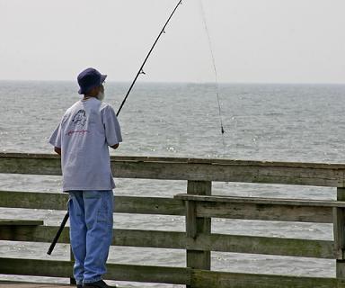 pesca en muelle